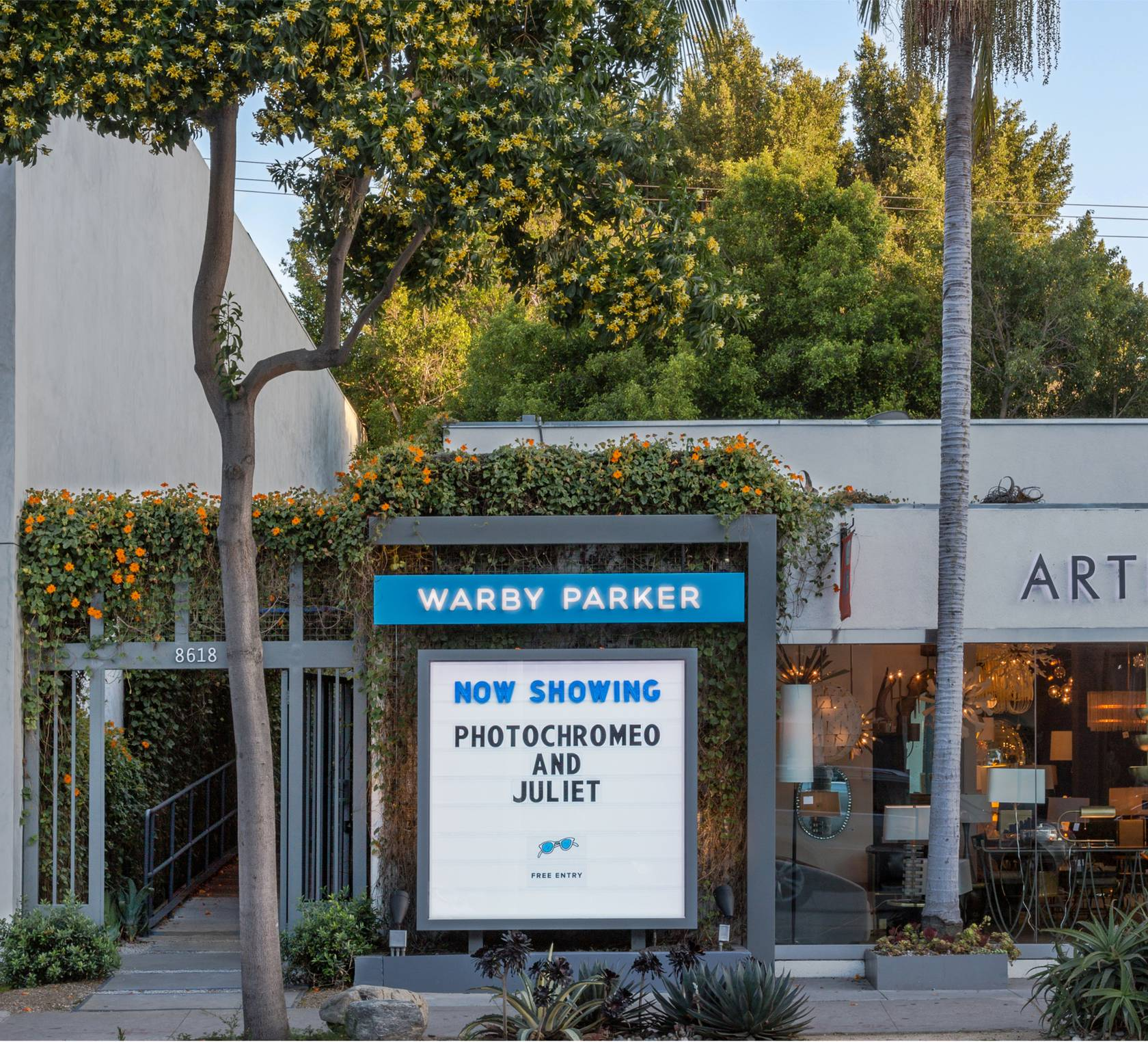 The Inspiration Behind Warby Parker in the Alley